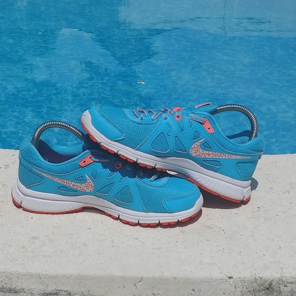 Nike Revolution 2 Clearwater Blue running shoes